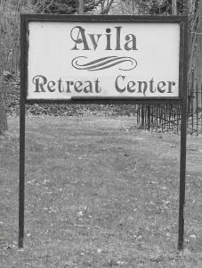 Avila Sign